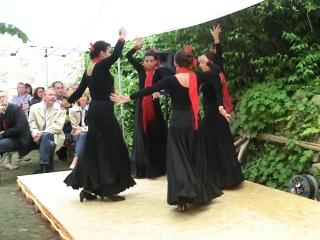 Spanischer Tanz im Hof
