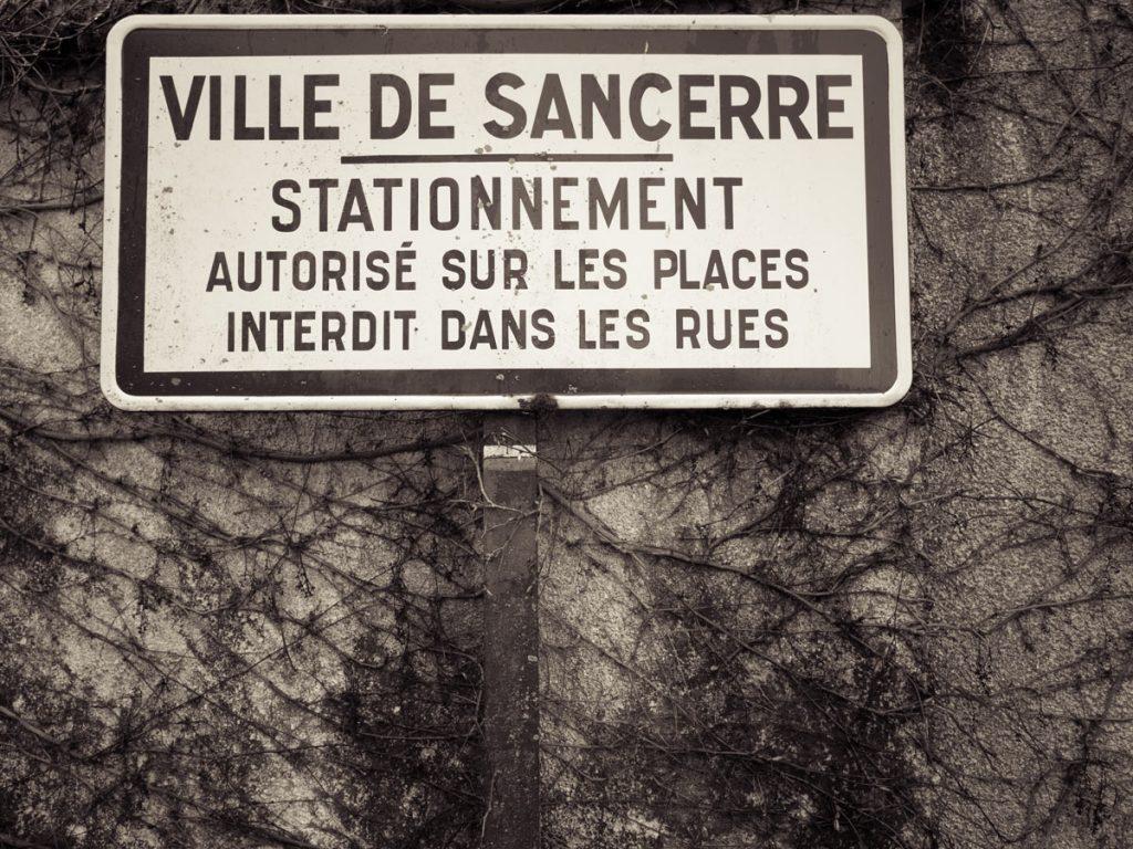 Ortseingangsschild Sancerre