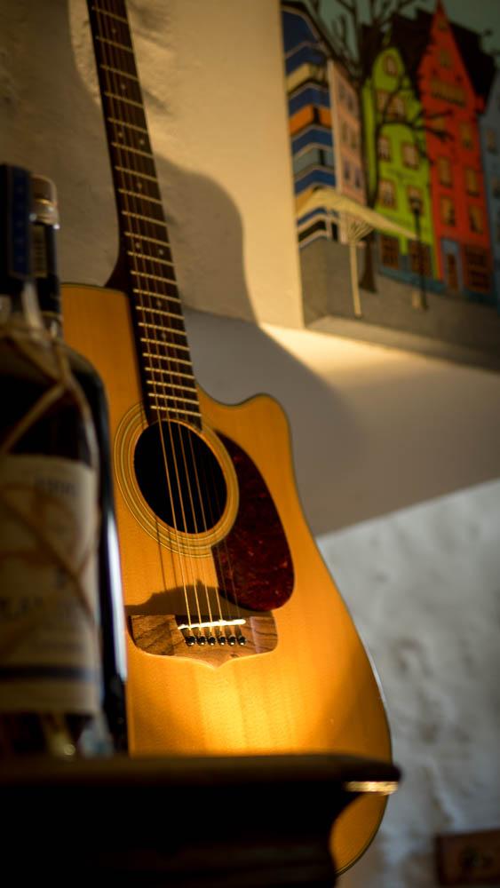 Gitarre in der Bodega