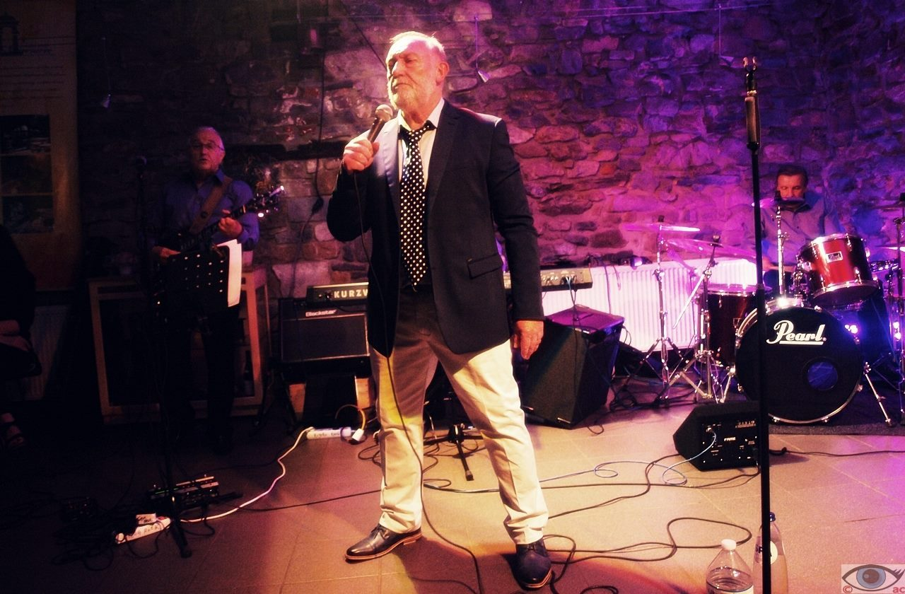Philippe Bertani, Sänger