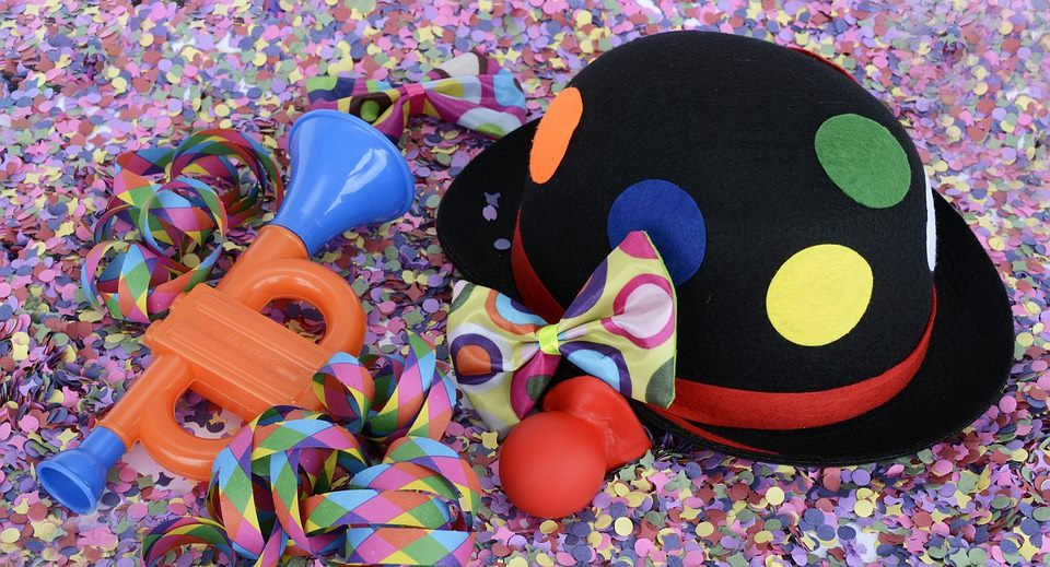 Karneval und Partyhut